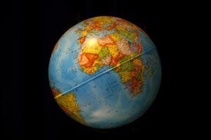 Comment faire un styromousse Globe