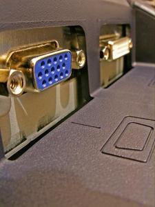 Quelle est la différence entre DVI et VGA Connexions?