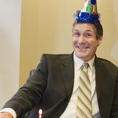 Idées d'anniversaire à thème pour un homme de 60 ans