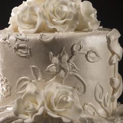 Décoration facile pour un gâteau de mariage
