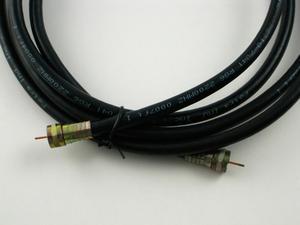 Comment faire pour remplacer un câble jumelé avec des câbles coaxiaux pour les antennes de télévision