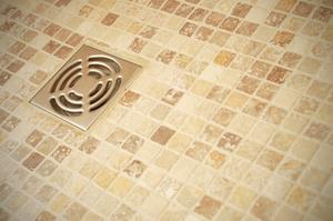 Comment faire pour effacer les avaloirs de douche bloqués