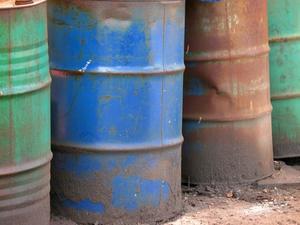 Comment réparer une fuite lente dans un réservoir d'huile de chauffage