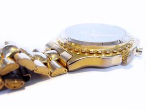 Comment faire pour supprimer les liens d'un bracelet Timex