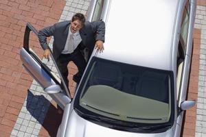 Comment déverrouiller une porte de voiture sur une Honda Civic