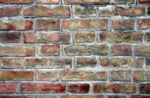 Comment choisir une couleur de peinture qui correspond brique
