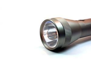 Comment faire un laser d'un lecteur CD et d'une lampe de poche