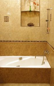 Comment la vapeur carreaux de douche à nettoyer