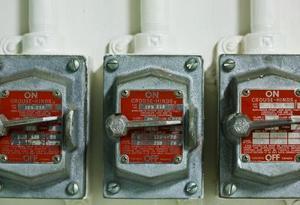 Comment raccorder un interrupteur de dpst