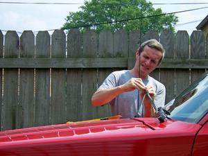 Comment réinitialiser les essuie-glaces sur une Audi Quattro 80 1990