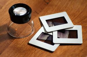 Comment numériser des diapositives photographique avec Canon