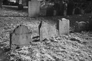 Comment faire pour installer sur les pierres tombales Photos