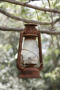 Comment peindre une Lantern kérosène