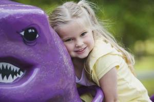 Comment enseigner enfants d'âge préscolaire sur les dinosaures