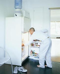 Mon réfrigérateur compresseur est en surchauffe