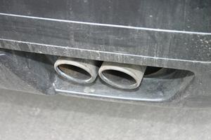 Comment remplacer une vanne EGR sur une Honda Odyssey 2001