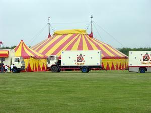 Cirque du Parti Idées de Tente