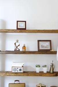idées de couleur de mur pour aller avec du bois naturel