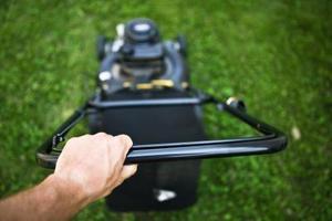 Comment couper l'herbe sur une pente