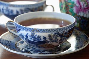 Comment planifier une 75e Anniversaire Tea Party