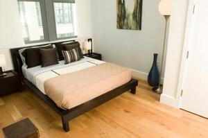 Comment décorer une chambre avec un mobilier noir