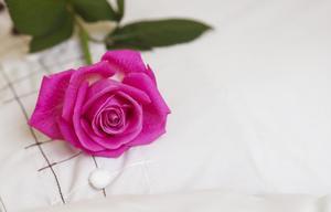 Comment faire des boutons de rose de ruban