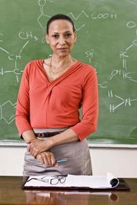 Quelles sont les structures des neuf isomères d'heptane?
