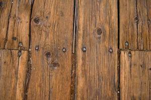 Comment faire pour masquer Nails dans un plancher de bois