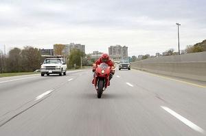 Comment changer de vitesse sur une moto