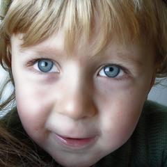 Comment peindre Blue Eyes dans Photoshop