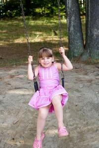 Comment construire balançoire jeu d'un enfant