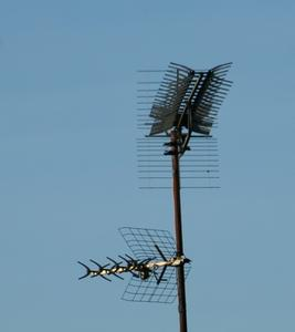 Comment régler une antenne extérieure pour recevoir des signaux de télévision