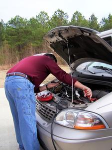 Comment remplacer Terminal batterie de voiture
