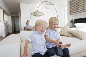 Comment décorer avec des meubles blancs