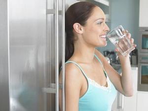 Comment faire pour installer une connexion de l'eau sur un GE Profile Réfrigérateur