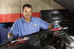 Comment remplacer un filtre 97 Plymouth Voyager carburant