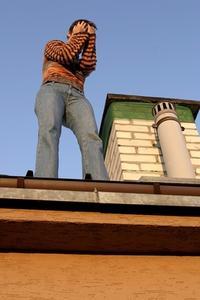 Comment encadrer un soffite de toit à pignon