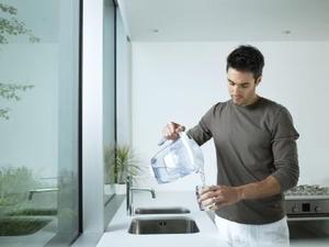 Comment nettoyer un purificateur d'eau Brita