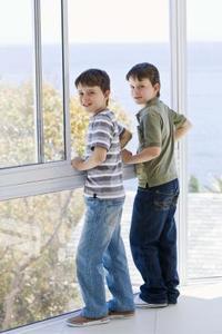 Comment débloquer une fenêtre coulissante