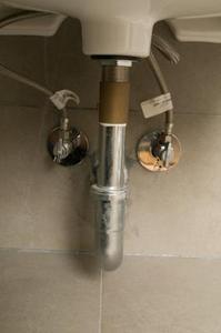 Comment cacher un tuyau for Comment cacher des tuyaux
