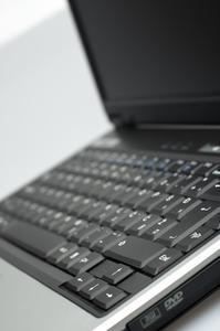Comment utiliser les touches F sur un ordinateur portable Dell D430