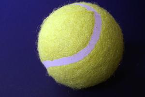 Comment puis-je faire une maison balle de tennis lanceur étape par étape?