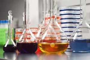 Pourquoi utiliser des tampons en HPLC?