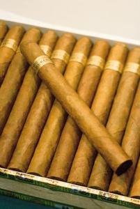 Artisanat avec des boîtes de cigares
