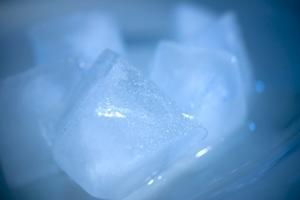 Problèmes avec la glace Electrolux Réfrigérateur Maker