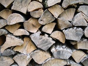 Comment empiler correctement Fire Wood