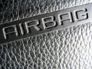 Comment faire pour installer un Airbag outil de réinitialisation sur une BMW 2001
