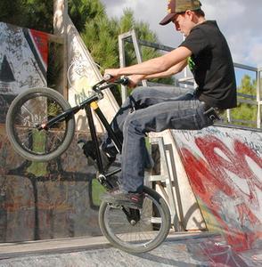 Comment installer un câble de frein de vélos sur un vélo de BMX