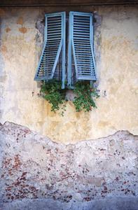 Idées pour la peinture des murs texturés dans une maison des années 1940