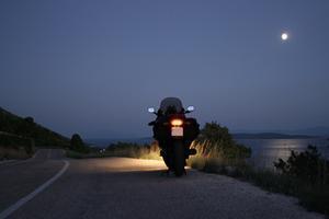 Comment puis-je obtenir Moto Feux de freinage pour décoller?